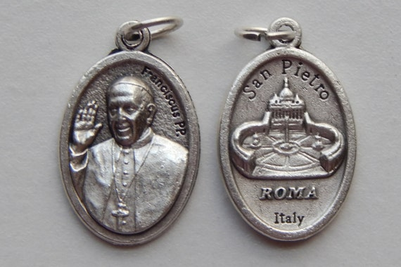5 Patron Saint Medal Finding - Pope Francis, Franciscus, Die Cast Silverplate, Silver Color, Oxidized Metal, Italy Made, San Pietro