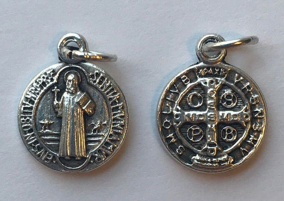 5 Patron Saint Medal Findings, St. Benedict, Die Cast Silverplate, Silver Color, Oxidized Metal, Made in Italy, Charm, Drop, Religious