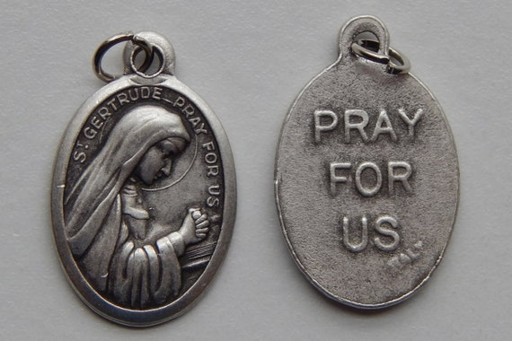 Patron Saint Medal Finding - St. Gertrude, Die Cast Silverplate, Silver Color, Oxidized Metal, Made in Italy, Charm, Drop, Finding, Holy