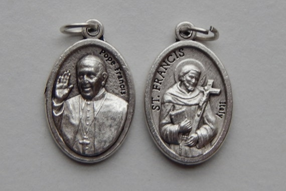 Patron Saint Medal Finding - St. Francis, Pope, Die Cast Silverplate, Silver Color, Oxidized Metal, Made in Italy, Charm, Drop
