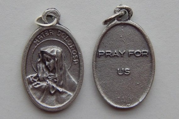 5 Patron Saint Medal Findings - Mater Dolorosa, Pray, Die Cast Silverplate, Silver, Oxidized Metal, Italy Made, Charm, Religious
