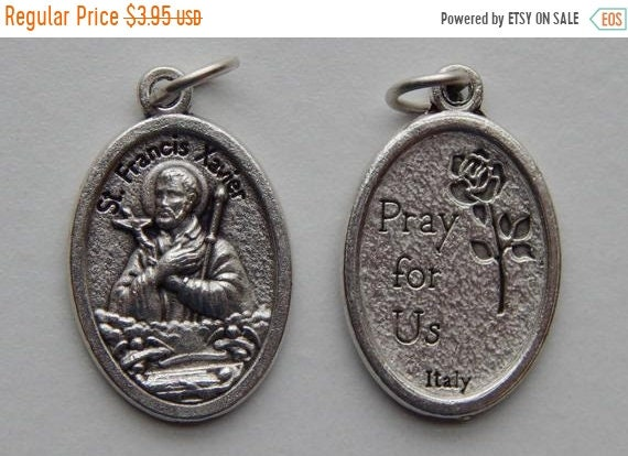 FINAL CLEARANCE 5 Patron Saint Medal Findings - St. Francis Xavier, Die Cast Silverplate, Silver Color, Oxidized Metal, Made in Italy, Charm