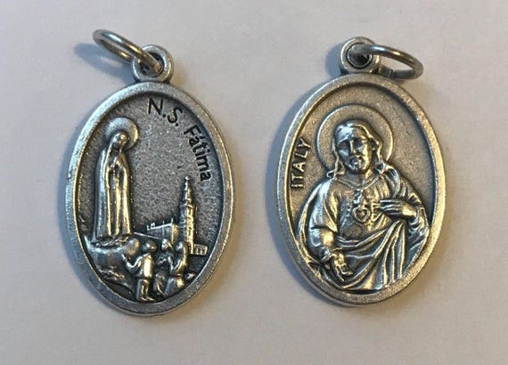 5 Patron Saint Medal Findings, NS Fatima, Our Lady, Die Cast Silverplate, Silver Color, Oxidized Metal, Made in Italy, Charm, Drop