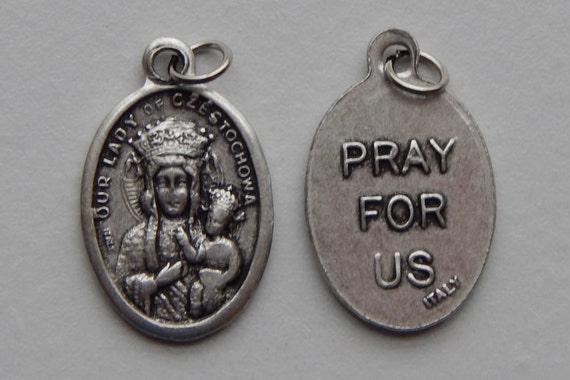 5 Patron Saint Medal Findings - Our Lady of Czestochowa, Die Cast Silverplate, Silver Color, Oxidized Metal, Made in Italy, Charm