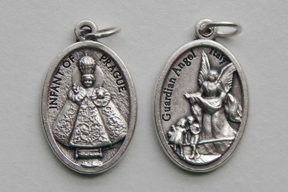 5 Patron Saint Medal Findings - Infant of Prague, Angel, Die Cast Silverplate, Silver Color, Oxidized Metal, Made in Italy, Charm