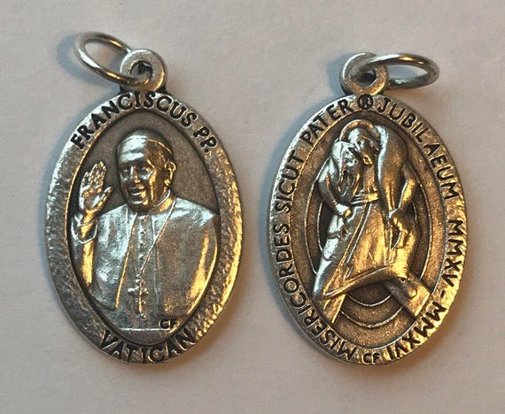 Patron Saint Medal Finding - Pope Francis, Die Cast Silverplate, Silver Color, Oxidized Metal, Made in Italy, Charm, Drop, Religious