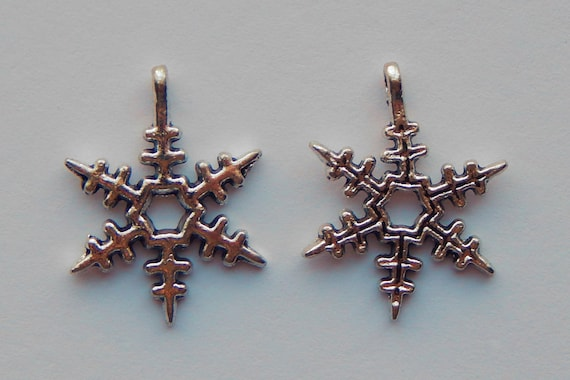1 Piece of Jewelry Charms - Snowflake, Winter, Snow Flakes, Pendants, Drops, Silver Color, Metal, 24mm, 2.5mm Hole Size