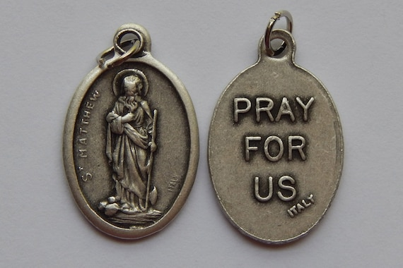 5 Patron Saint Medal Finding - St. Matthew, Pray For Us, Die Cast Silverplate, Silver Color, Oxidized Metal, Made in Italy, Charm