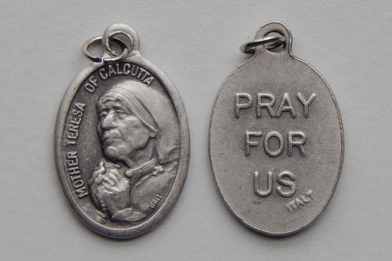 Patron Saint Medal Finding - Saint Teresa of Calcutta, Die Cast Silverplate, Silver Color, Oxidized Metal, Italy Made, Charm, Religious