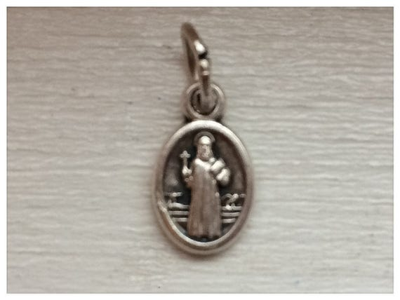 Patron Saint Medal Finding - St. Benedict, Tiny, Die Cast Silverplate, Silver Color, Oxidized Metal, Made in Italy, Charm, Drop