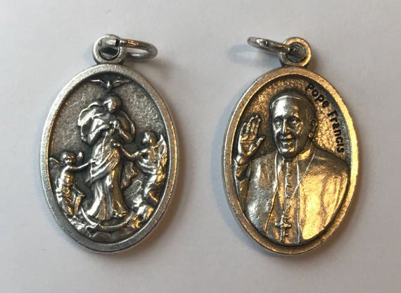 Patron Saint Medal Finding - Undoer of Knots, Pope Francis, Die Cast Silverplate, Silver Color, Oxidized Metal, Made in Italy, Charm