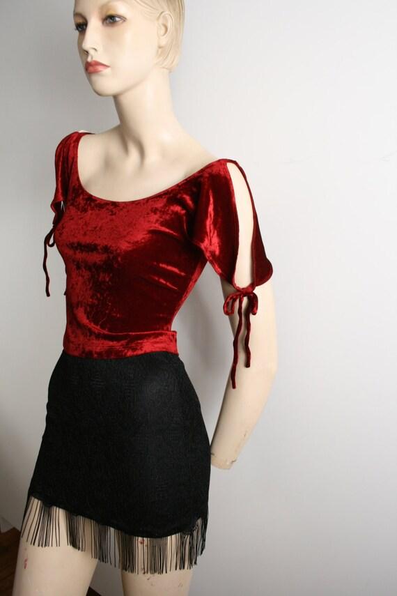 BEBE burgundy crushed velvet crop top slit sleeve… - image 2