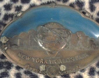 New York World's Fair Metal Wall Plague Ashtray 1964 - 1965 Souvenir