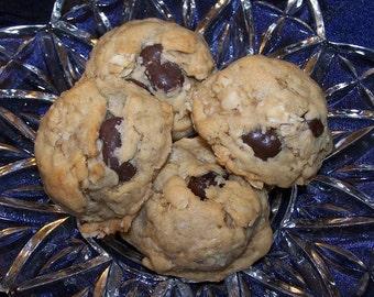 Oatmeal Chocolate Chip Cookies ( 1 Dozen  )