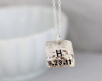 Stamped disc necklace • Personalized jewelry • Custom stamped • Dainty Jewelry • Mommy necklace