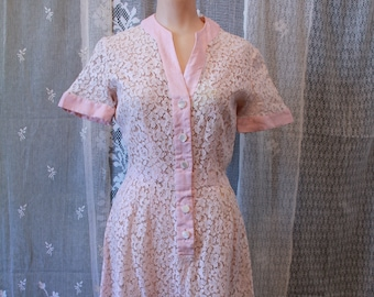 Vintage 1940s 50s Light Pink All Lace Dress
