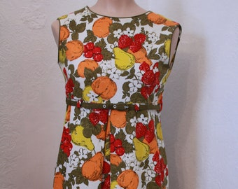 Adorable Vintage Strawberry Orange Pear Lemon Fruit Print Linen 60s Dress