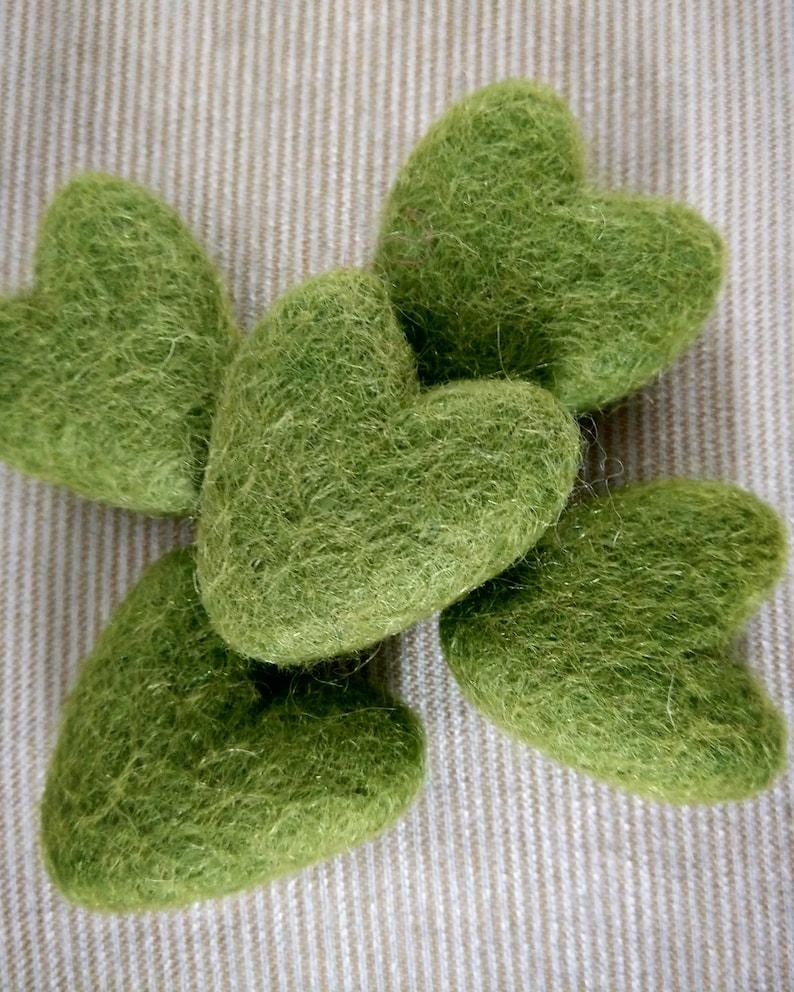Wool Felt Heart in Green Apple.Felt Heart Prop.Newborn Prop Green Heart.Baby Photography Prop.Felt Hearts.Valentine Felt Heart,Small Heart