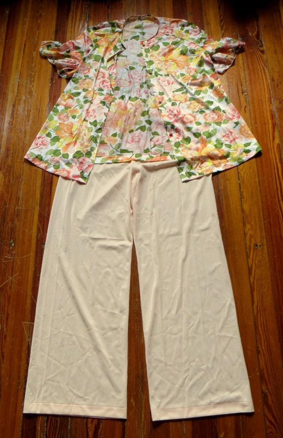 NOS Vanity Fair 50s/60s Floral Nylon Beach Pajama… - image 6