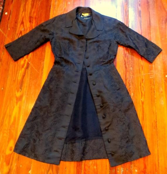 Nan Duskin Embroidered Black Silk Coat/Dress/Duste