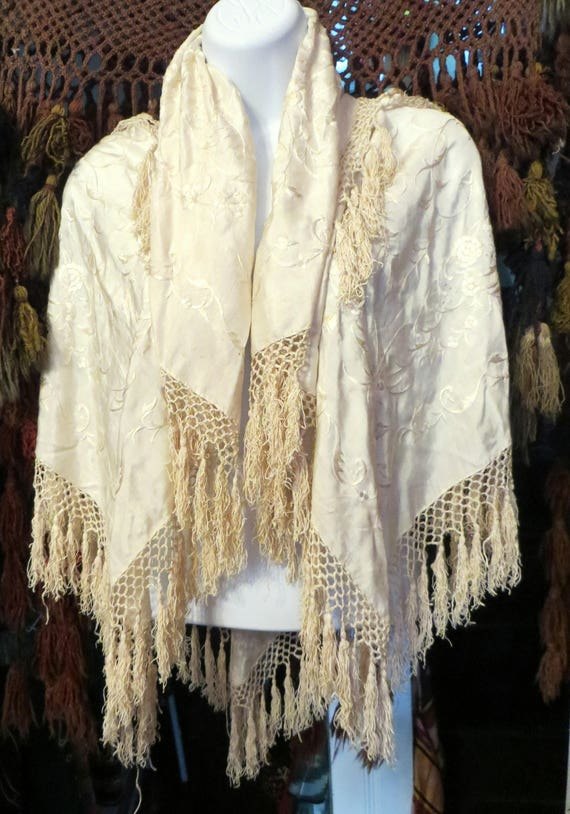 SALE Gorgeous 20s/30s Ivory on Ivory Silk Embroide