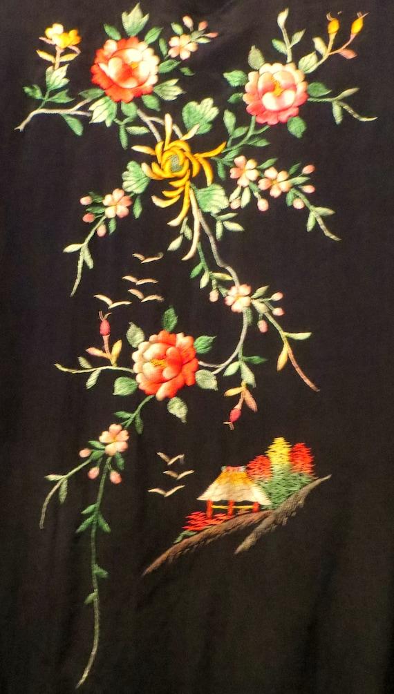 Silky Rayon 40s Hand Embroidered Kimono/Robe/Coat - image 7