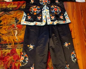 SALE 30s/40s Silk Embroidered Chinese Pajama Set, Larger Size