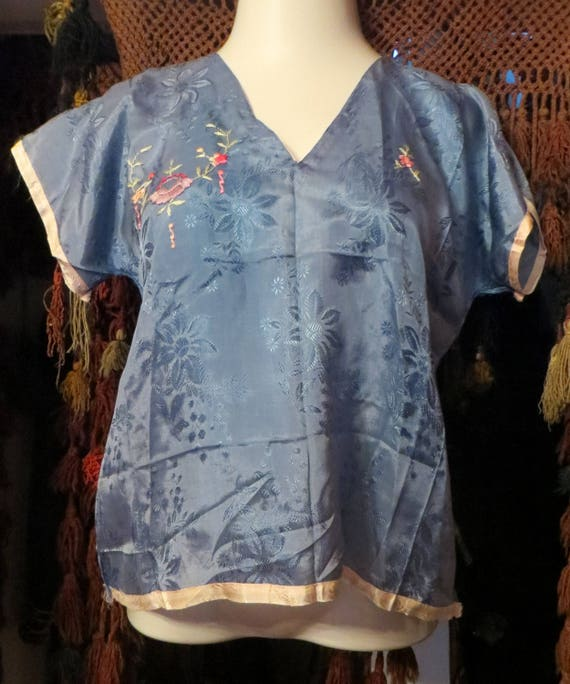 1930s/40s Asian Silk Embroidered Beach Pajamas - image 3