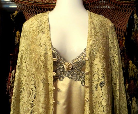 Stunning Golden Nightgown/Lace Robe Set  Made in E