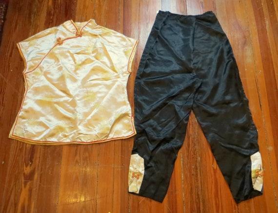 Unusual 1940s/50s Asian Silk Beach Pajamas Set