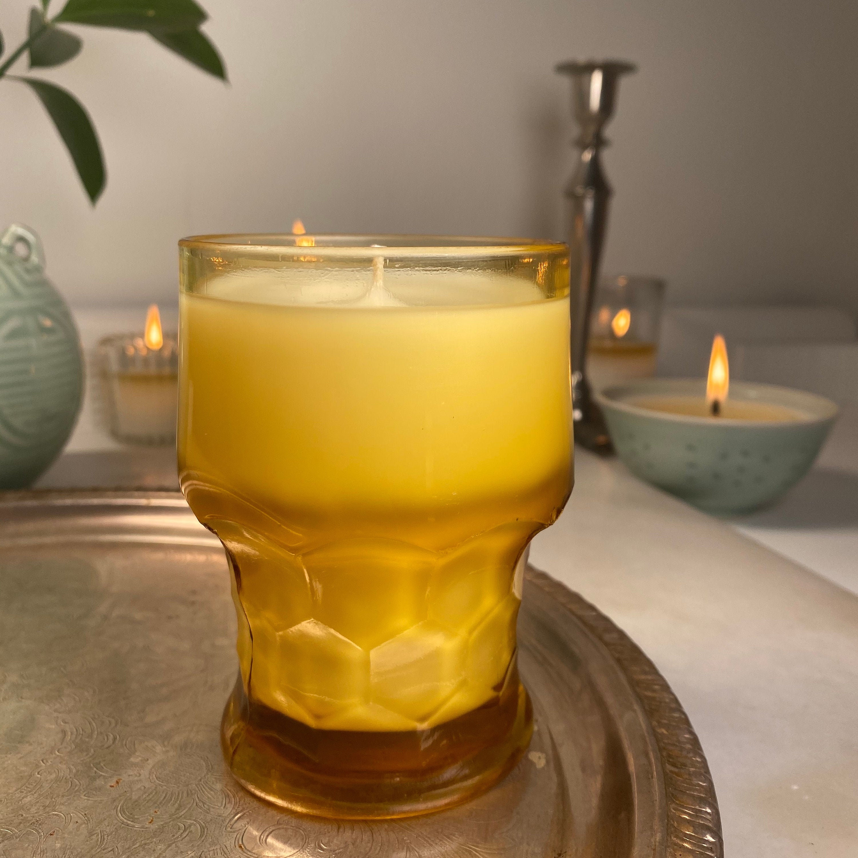Essential Oil & Organic Coconut Wax Candle In Vintage