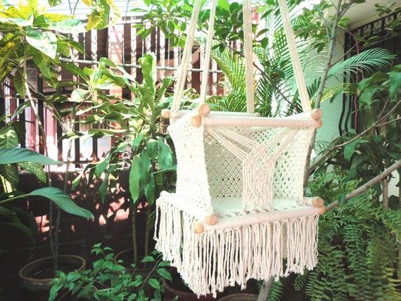 beige farbe gl ckliches baby stuhl h ngematte f r kinderm bel etsy. Black Bedroom Furniture Sets. Home Design Ideas