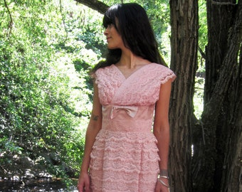 1950s Lace dress cameo Pink lace satin bow and Rhinestones S/M