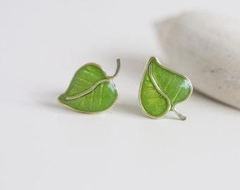 Post earrings -Spring green leaves