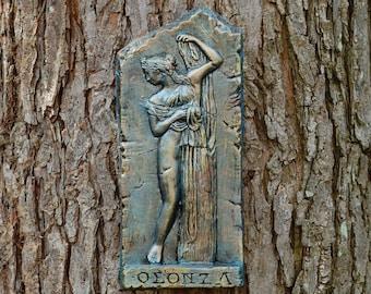 Venus Statue Gift For Her, Ancient Greek Garden Art, Outdoor Sculpture, Stone  Wall