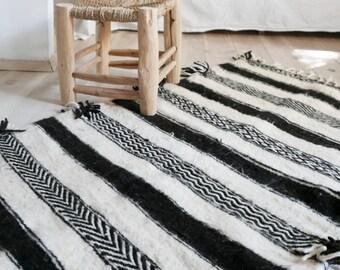 Small kilim Wool Shadoui - Black and White