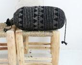 Pillow Crochet Marrakech  -  Black and Gray triangles
