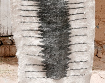 Moroccan Kilim Rug - Minimal Gray