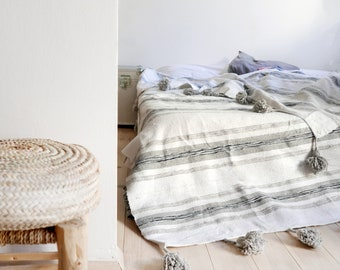 Moroccan POM POM Cotton Blanket - Gray stripes