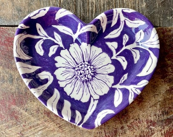 Small Heart Shaped Dish, Purple and White Flowers, Hand Made Gifts, Shallow Bowl, Ceramic Heart, Trinket, Jewelry, Candy Bowl