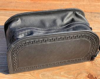 "Leather Shave Kit ""Carlos border"" design"