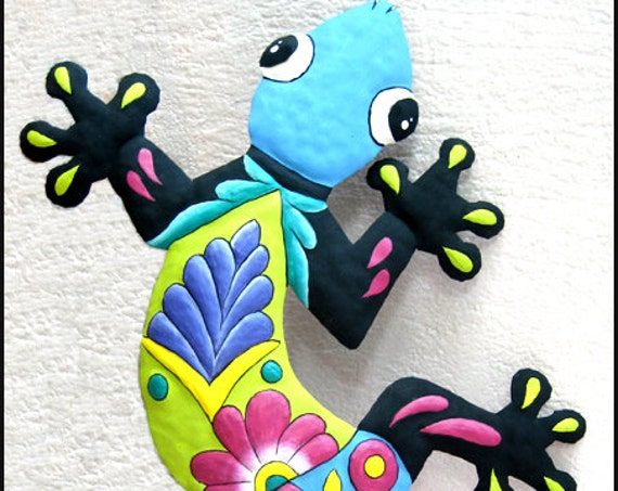 Painted Metal Art Gecko, Wall Decor, Metal Wall Art, Haitian Art, Tropical Decor, Garden Art, Hand Painted Gecko Wall Hanging - M-401-BL