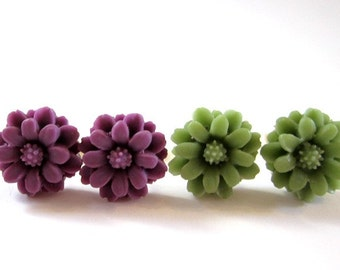 flower stud post earrings- green and purple on gold with gift box set of 2