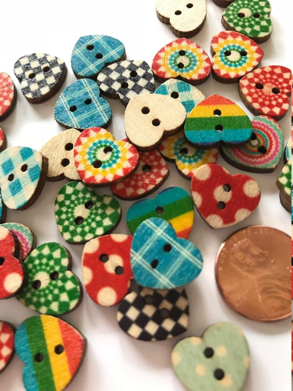 20 Heart shaped Wood Buttons Mixed Design Sewing 2 Holes 17 x 15mm  Free P/&P