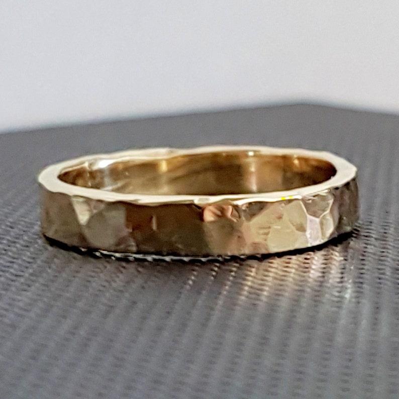 9k Gold Wedding Band 3mm Wide image 0