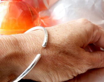 Round Open Bangle - 925 Silver Bracelet - Handmade  Bracelet