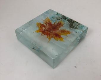 Fused glass art, maple leave, glass art, glass leaves, home decor, art, glass paper weight, handmade glass paper weight, Glass ornament