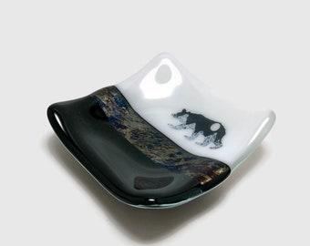 Fused glass, mountains, bear, handmade fused glass dish, glass dish, ring dish, tea bag dish, candy dish, decorative dish, fused glass plate
