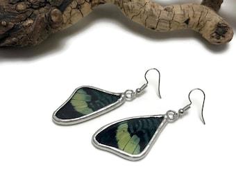 Butterfly earrings, glass earrings, stained glass, glass, insect jewelry, handmade butterfly Earrings, butterfly jewelry, butterfly