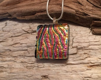 Fused Glass Pendant, Dichroic glass, glass necklace, Glass Pendant, Glass Jewelry, handmade dichroic glass, Fused glass necklace, glass